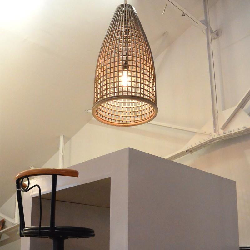 suspension en rotin naturel brin d 39 ombre sp cialiste parasols. Black Bedroom Furniture Sets. Home Design Ideas